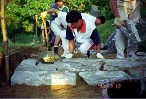 [mage: Pastor Joshua working in Wolmyungdong]